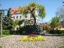 Údržba městské zeleně - Pomník rudoarmějců Louny